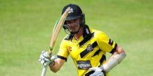 CHELTENHAM, UNITED KINGDOM - JULY 17: Michael Klinger of Gloucestershire salutes the crowd after finishing unbeaten on 95 during the Natwest T20 Blast match between Gloucestershire and Essex at The College Ground on July 17, 2016 in Cheltenham, England. (Photo by Harry Trump/Getty Images)