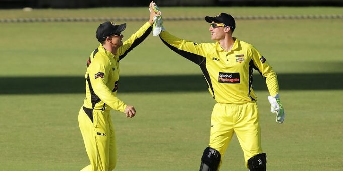 PERTH, AUSTRALIA - OCTOBER 01: Michael Klinger of the Warriors celebrates after taking a catch to dismiss Sam Harper of the Bushrangers  during the JLT One Day Cup match between Victoria and Western Australia at WACA on October 1, 2017 in Perth, Australia.  (Photo by Will Russell/Getty Images)